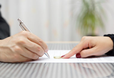 Florida Divorce Attorney For a Speedy Divorce at Less